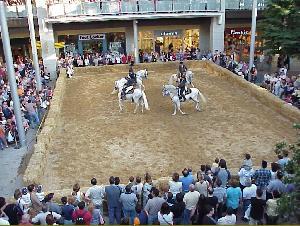 Andalucia cabalga en el centro comercial la maquinista - Centro comercial maquinista barcelona ...